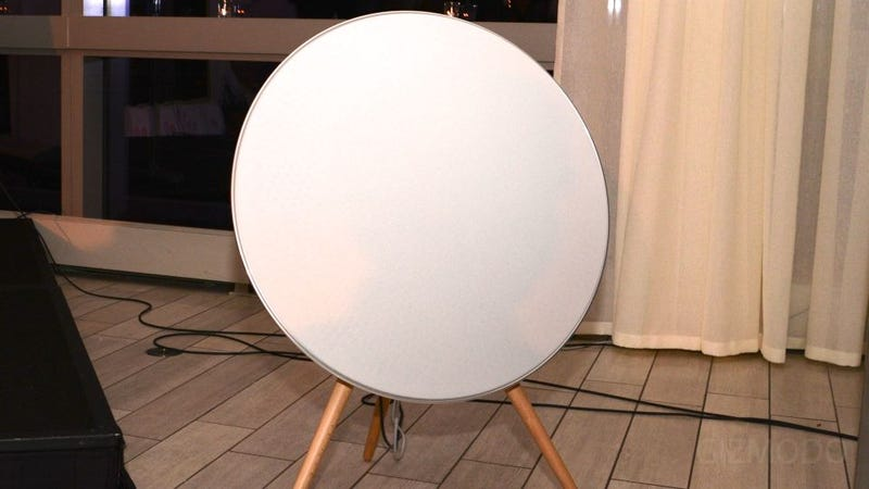 Bang & Olufsen's Huge AirPlay Dish Does Not Receive Satellite Transmissions