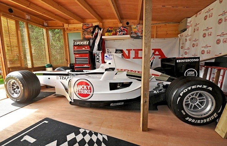 Are garden sheds the answer to UAE motorsport?