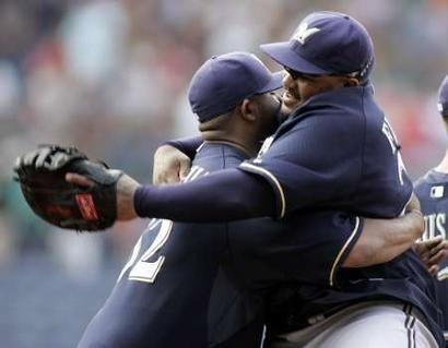 MLB Closer: Brewers Win, Fat People Hug it Out