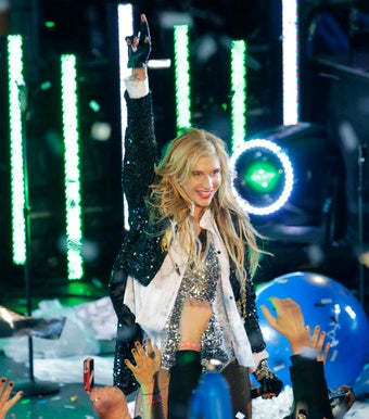 Santa-Straddling Ke$ha Vows Not to Become a Douchebag in '11
