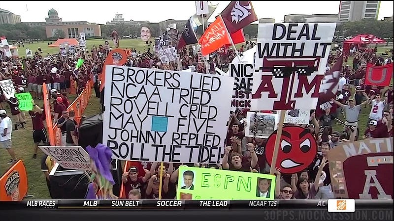 Johnny Manziel, The Puppet: Texas A&M-Alabama GameDay Sign Roundup