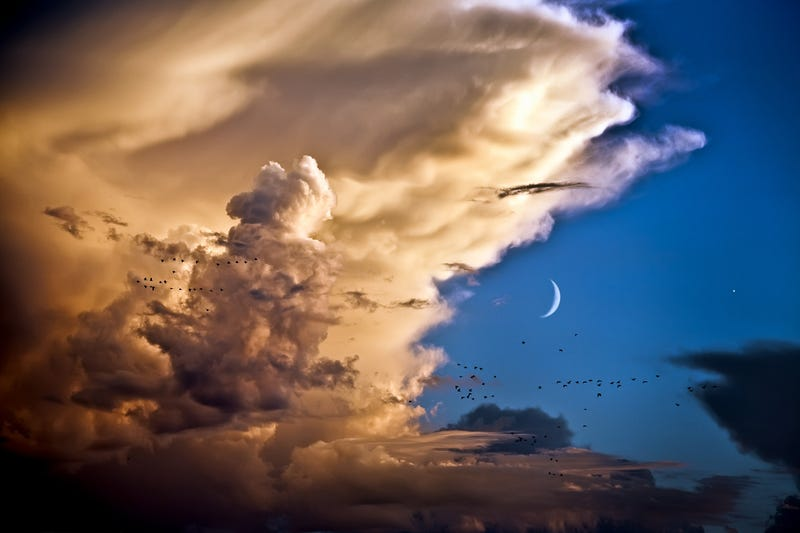 As the storm breaks, the Moon and Venus converge