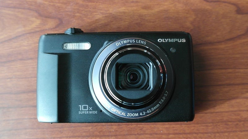 Olympus EVolt E410 and E510 DSLRs Now at 10MP, Both With Live View
