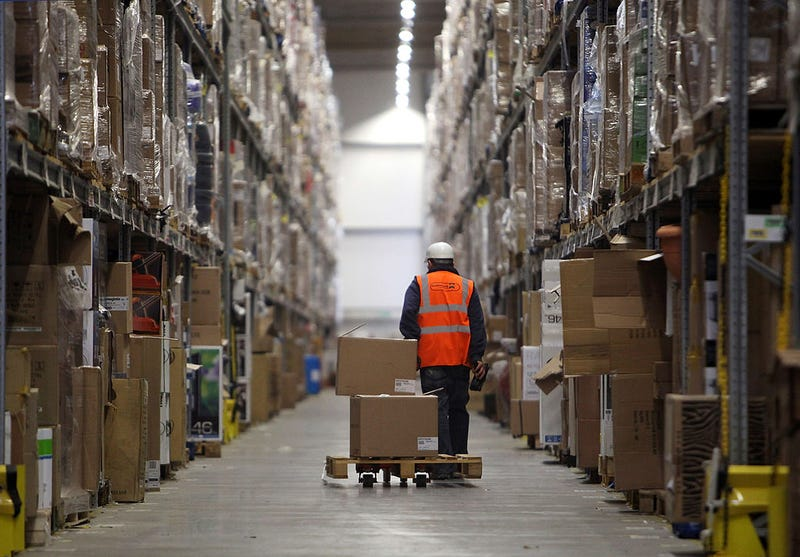"Inside an Amazon Warehouse, the Relentless Need to ""Make Rate"""