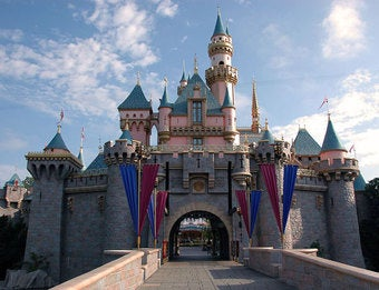 Disneyland Mandates That Muslim Employees Look Ridiculous