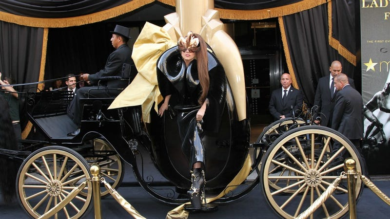 Lady Gaga Makes Understated Entrance at Macy's
