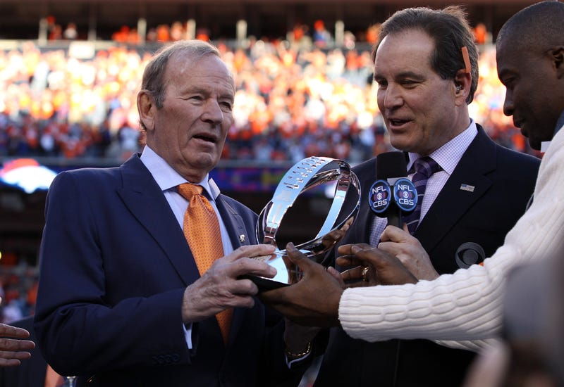 Broncos Owner, Beset By Alzheimer's, Gives Up Control