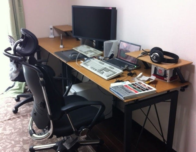Let's See Your Desktops, Internet People!