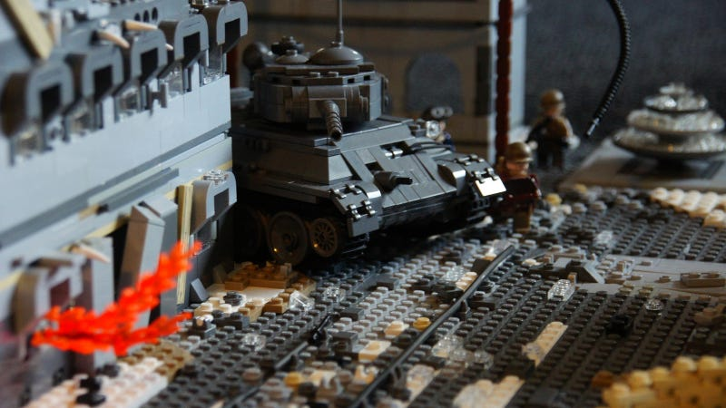 This 14-Year-Old Kid Is a Lego Genius