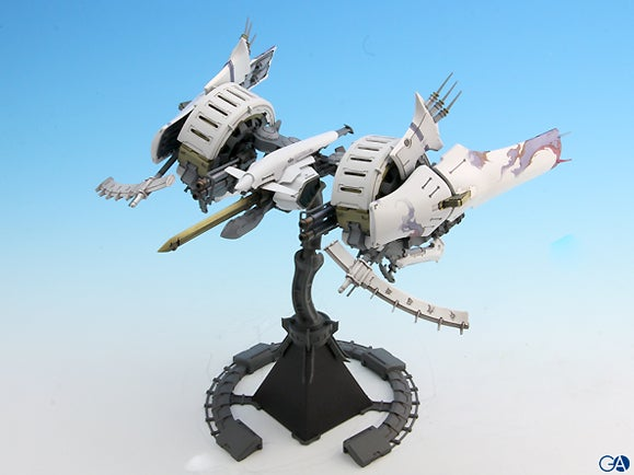 Model Of Classic Shooter Painted In Pure Beauty