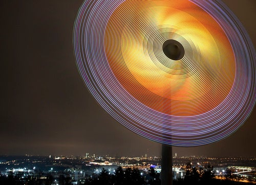 Siemens Awes Autobahn Drivers With Spinning LED Christmas Star