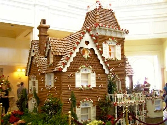 Behold: The World's Most Luxurious Gingerbread Houses