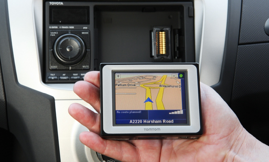European Toyota Yaris Includes Dockable TomTom