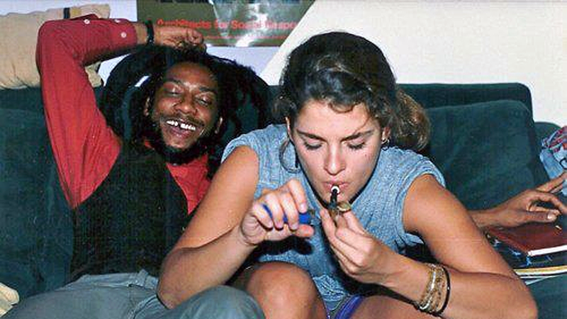 [UPDATE] Bad Brains: Yes, That Is an 18-Year-Old Brooke Shields Smoking Up With Rastafarian '80s Hardcore Icon H.R.