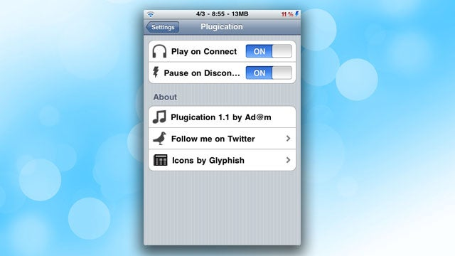 Plugication Automatically Restarts Music on the iPhone When You Plug Headphones Back In