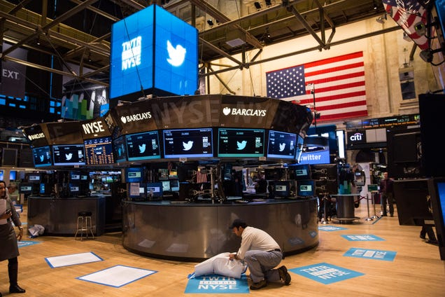 Twitter Bankers Kept Important Information From the Public