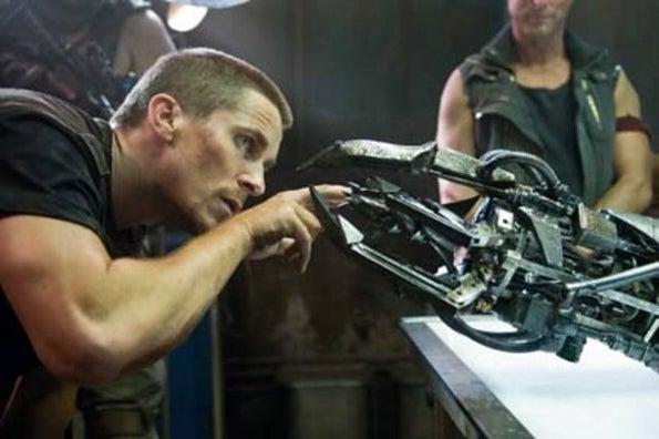 John Connor Plays Chicken With Terminator Salvation Hydrobot