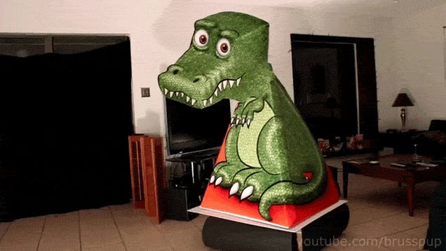 This amazing T-rex illusion is somehow moving its head to follow you