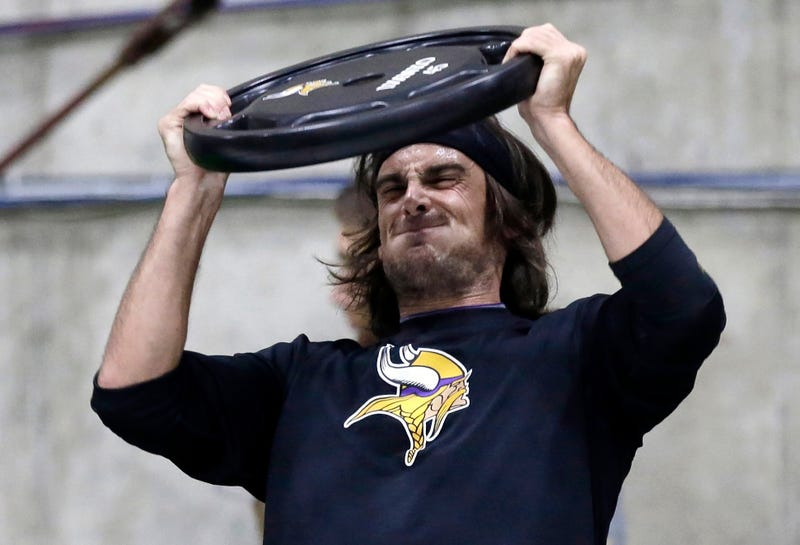 Chris Kluwe Vs. The Vikings Just Got Really Ugly