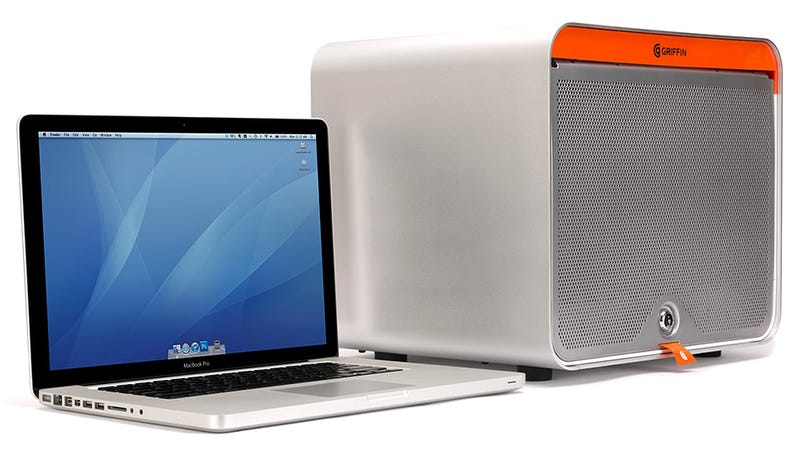 A USB-Packed Dock For All Your Phones and Tablets To Call Home