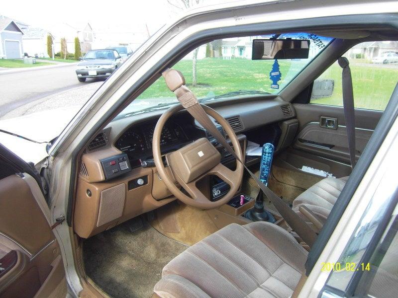 Gay Toyota Cressida: Craigslist Pictures