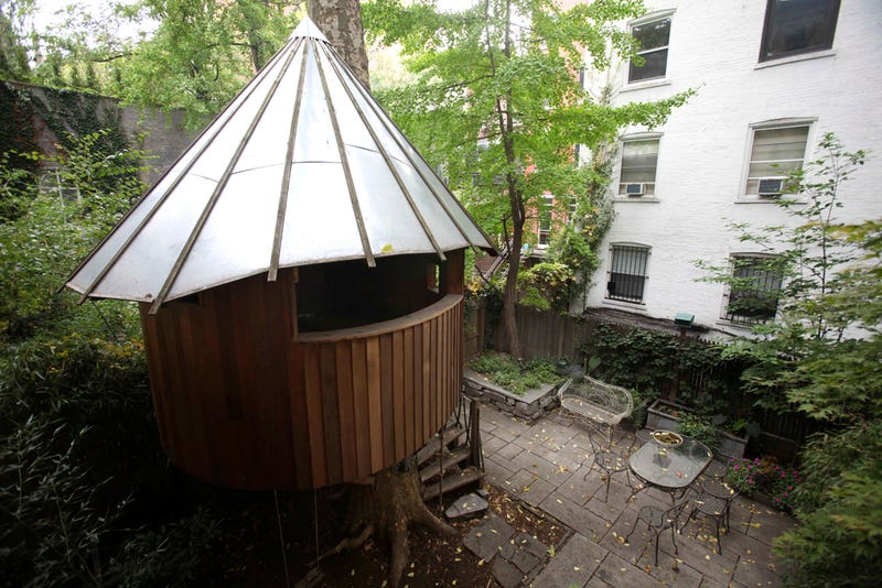A Treehouse Triumphs In Manhattan