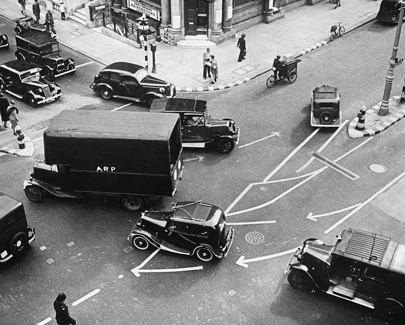 How London Was Redesigned To Survive Wartime Blackouts