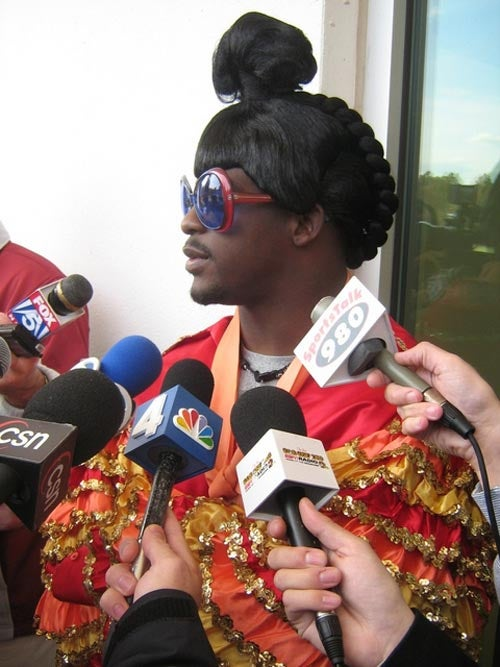 Clinton Portis Is Happily Weird Again