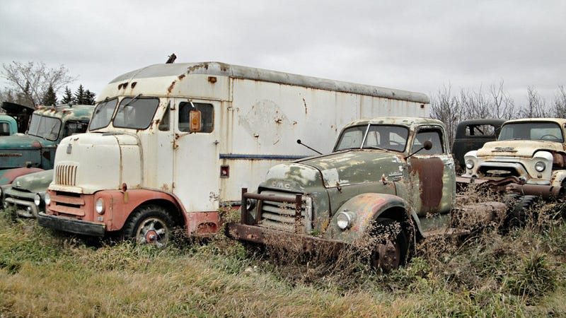 Canadian Truck Junkyard Gallery