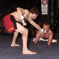 Quadruple Amputee Loses MMA Match