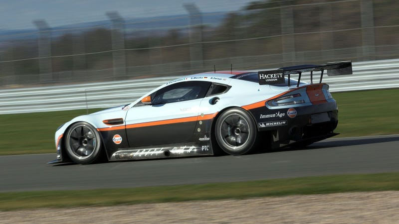 Your Ridiculously Cool Aston Martin Vantage GTE Wallpaper Is Here
