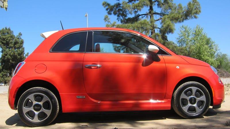 Fiat 500e Electric: The Jalopnik Review