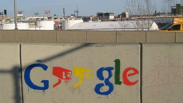 Geek Graffiti Artist Spreads Anti-Google Propaganda In NYC