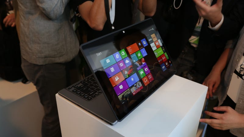 Acer Aspire R7 Hands On: We're Not Quite Ready for This Kind of Crazy