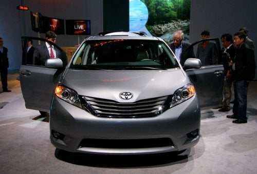 2011 Toyota Sienna: Like A Venza, But With Interior Space