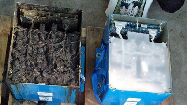 This Is the Battery that Melted In the Boeing 787 Dreamliner