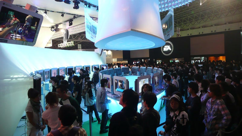 Booth Showcase: Microsoft's Big Push