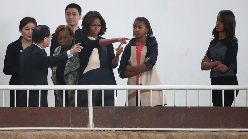 Sasha Obama Is Not Here for You or Your Family Vacation