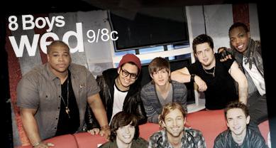 Live Blogging American Idol, Season Nine: Top 8 Guys Perform