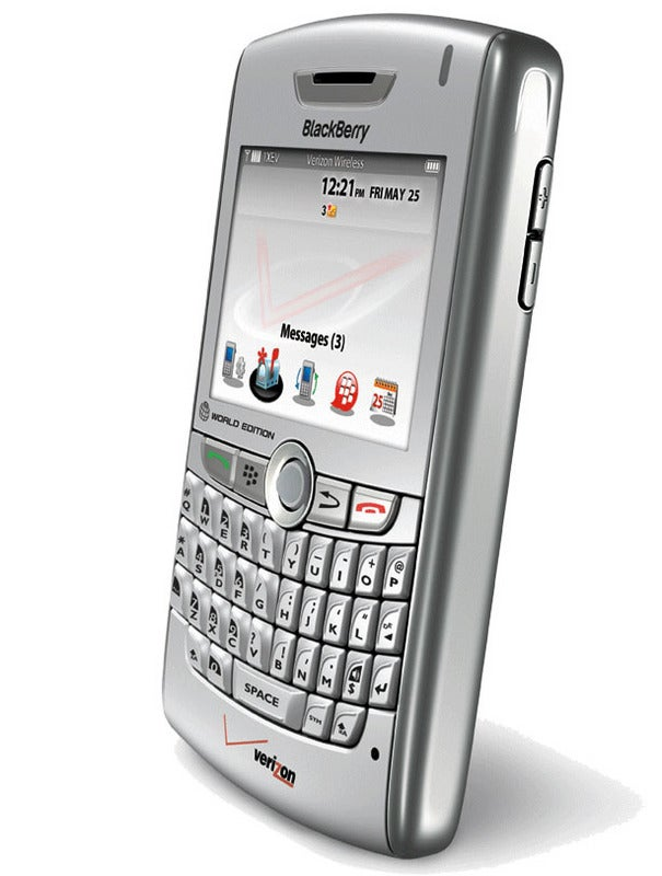 Verizon Wireless Gets its Mitts on BlackBerry 8830 World Phone