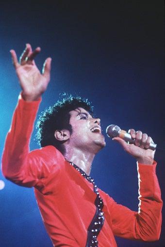 Michael Jackson's Death Ruled A Homicide; John Krasinski & Emily Blunt Engaged
