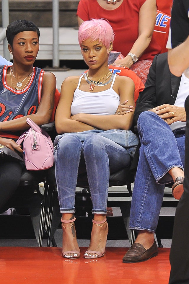 Rihanna Totally Wigged Out at the Clippers Game Last Night