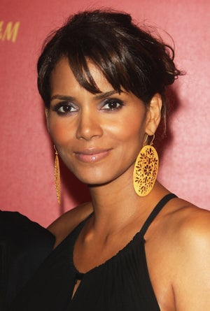 Halle Berry's Baby To Parlez Français In The Lap Of Luxury