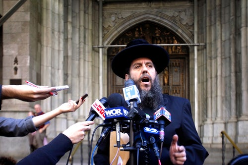 Nutjob Rabbi Laments Paladino Apology, Nearly Chokes on Kosher Sandwich