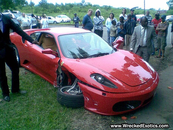 Lamborghini Murcielago LP640, Ferrari F430 Crash Photos