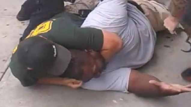 Killer Cop Who Choked Eric Garner Walks Free