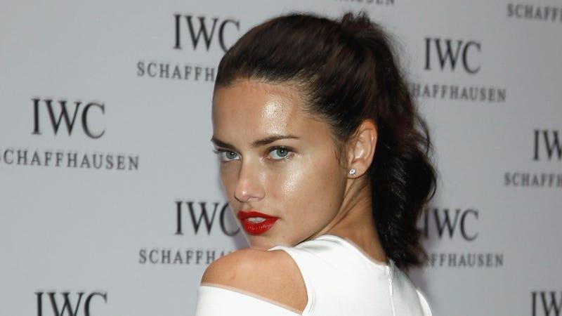 Hollywood Walk of Fame Snubs Kim Kardashian, Says She Needs to Get a 'Real Job'