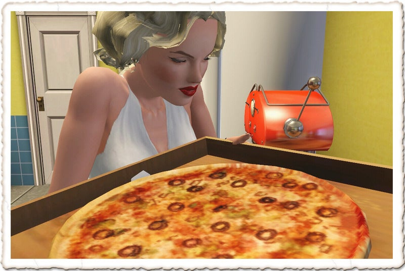 Marilyn Monroe Eats Pizza, Sleeps Alone in The Sims