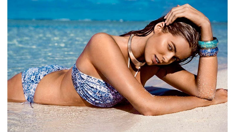 Stunning Photos Of Plus-Size Swimwear Model Robyn Lawley