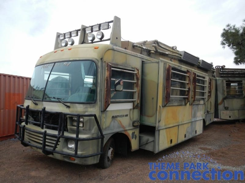 This Jurassic Park Mobile Lab RV Would Go Great With Your Raptor Cage
